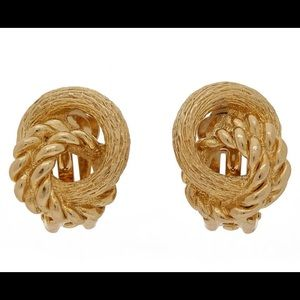 Dior knot earring
